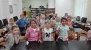 Nowi czytelnicy biblioteki szkolnej